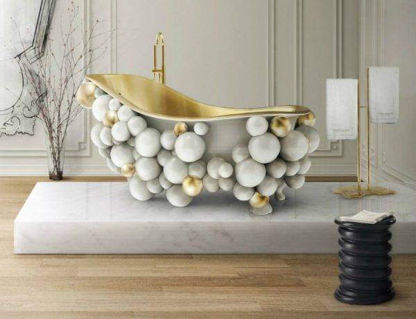 Marble Bathroom Design Ideas with Luxurious Coffee and Side Tables 80 2 600x460