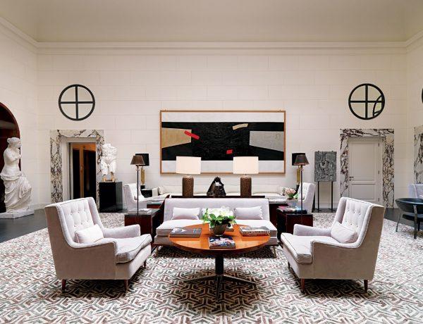michele bonan 10 Living Room Ideas By Michele Bonan michele bonan the gentleman of style 06 1 600x460