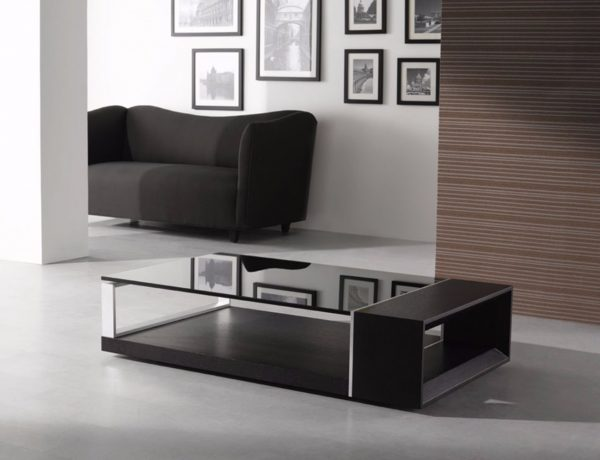 Black Coffee Tables That Give A Sophisticated Look To Your Room   www.bocadolobo.com #sophisticatedcoffeetable #coffeetable #centertable #luxury #luxurybrands #luxurious #livingroom #sittingroom #roomdesign Black Coffee Table Black Coffee Tables That Give A Sophisticated Look To Your Room Contemporary Coffee Table Decorations 600x460