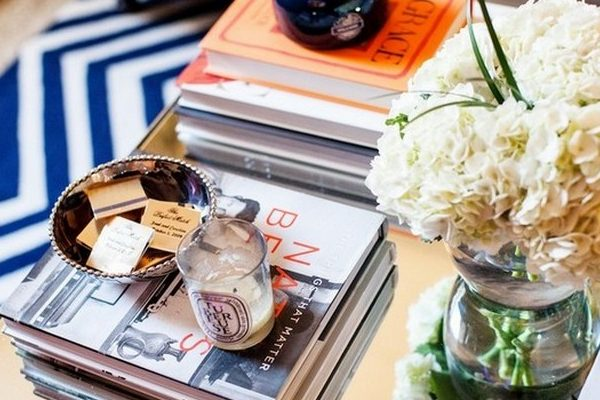 coffee table 8 Ways Your Books Can Be A Perfect Décor For Your Coffee Table 8 Ways Your Books Can Be A Perfect D  cor For Your Coffee Table1 1