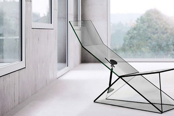 konstantin grcic Amazing Glass Furniture by Konstantin Grcic Amazing Glass Furniture by Konstantin Grcic e1503481475976 600x400
