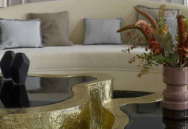coffee table Flower Decor Ideas for Your Coffee Table featured 10 600x410